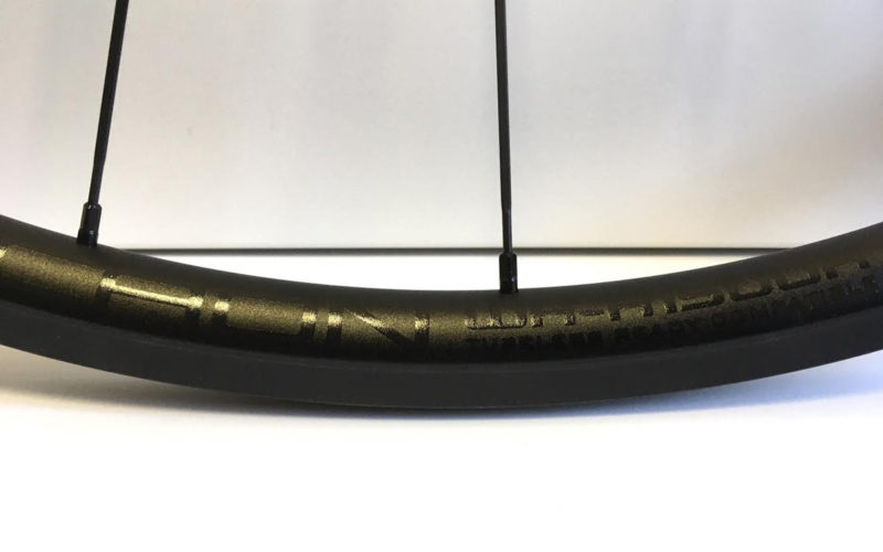 WH-A1500R BLACK LYCAON